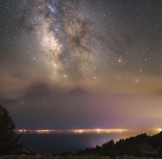 Somewhere over the Jadran sea