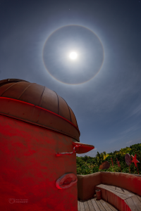 Lunar halo over Soneva Fushi observatory